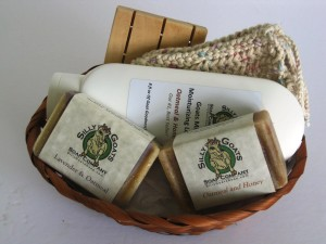 All Natural Goat Milk Soap and Lotion Gift Basket (Lg)