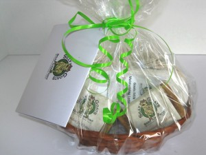 All Natural Goat Milk Soap and Lotion Gift Basket (Lg) LrgTopView
